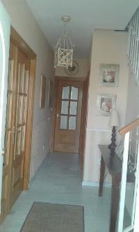 Casa adosada en Hijar equipada con primeras calidades,