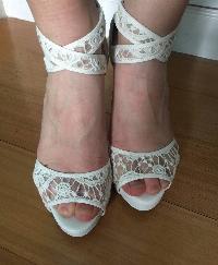 Sandalia blanco de encaje