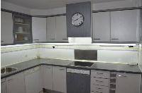 Muebles y electrodomésticos de cocina.