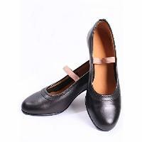 Moda flamenca zapatos y complemestos