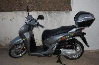 MOTO HONDA SH 300
