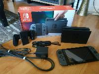 Consola Nintendo Switch con controlador Joy-Con Grey