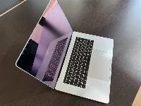 Apple MacBook Pro 2017 :