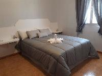 Alquilo dormitorio en casa compartida
