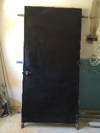 puerta de entradas de hierro