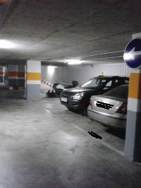 Alquilo plaza de garaje segura para coche grande