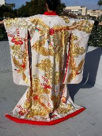 Uchikake (auténtico kimono de boda japonés)