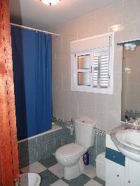 Chalet adosado 130 m2, 4 habitaciones, garaje cubierto