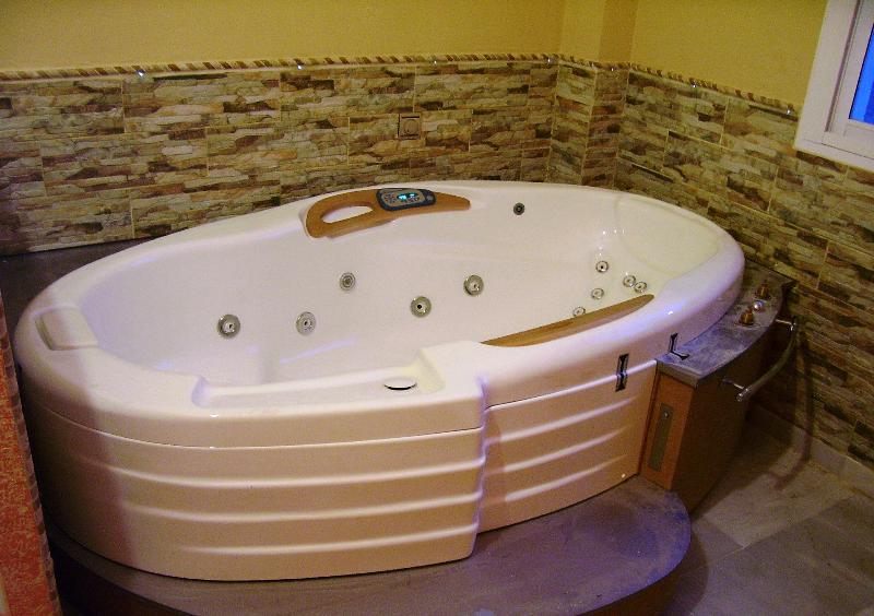 BAÑERA Terapéutica Hidromasaje System Pool Zenit 10Se