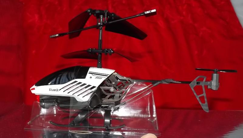 Helicóptero Air Raiders Silverlit - Nanocoptero Spy