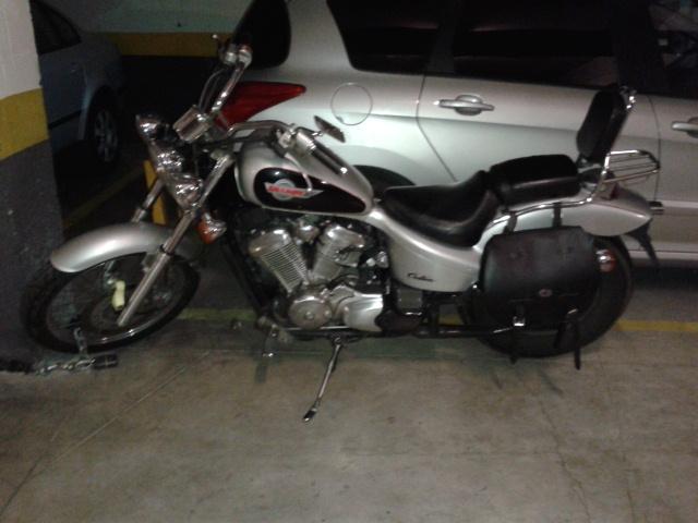 Ocasión particular vendo moto HONDA SHADOWS VT600,