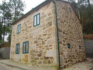 Casa gallega de piedra totalmente reformada recientemente