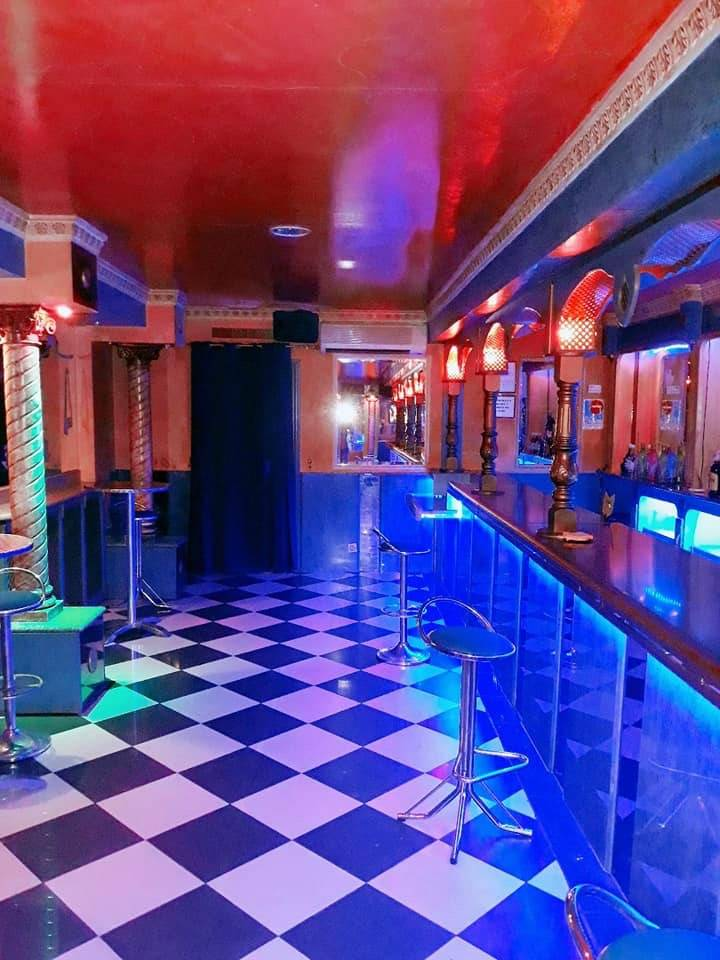 Hotel club de alterne.......................................  - Foto 5