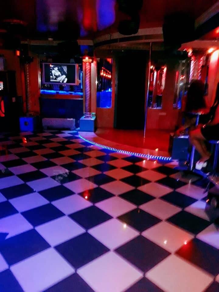 Hotel club de alterne.......................................  - Foto 7
