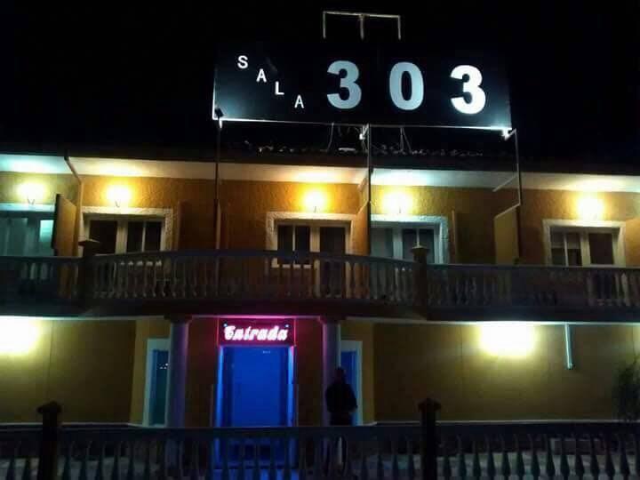 Hotel club de alterne.......................................  - Foto 2