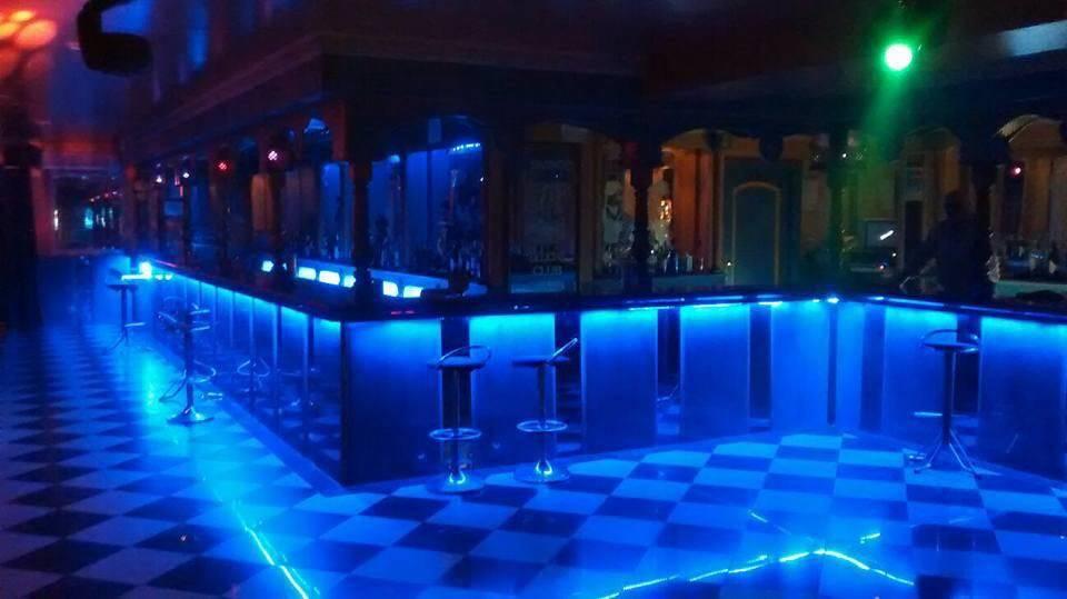 Hotel club de alterne.......................................  - Foto 1