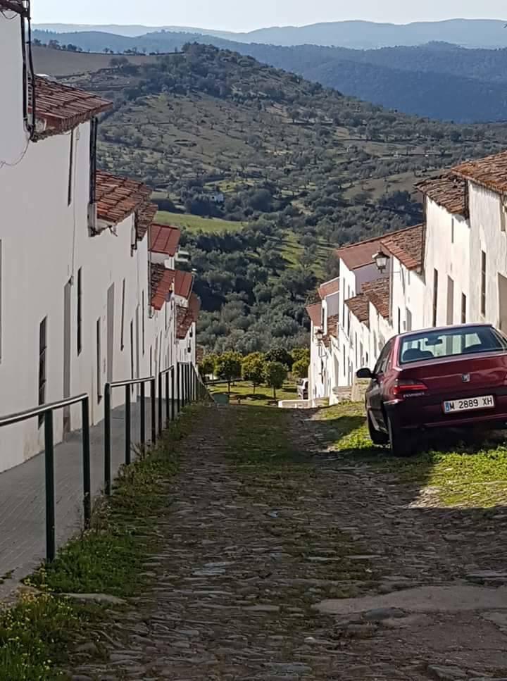 casa alquiler vacacional Sierra de Huelva (ENCINASOLA)  - Foto 5