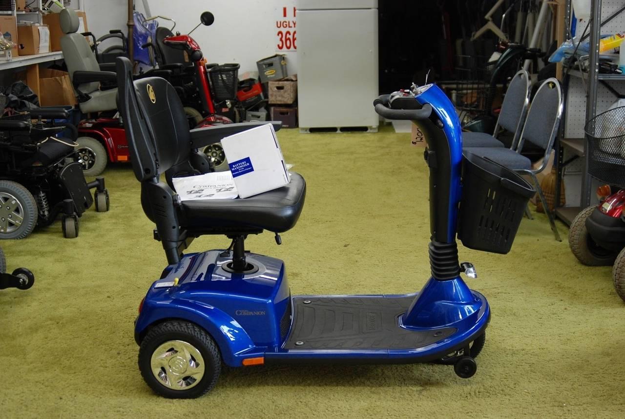 For Sale Golden Companion II 3-Wheel Scooter, usado segunda mano  Sevilla
