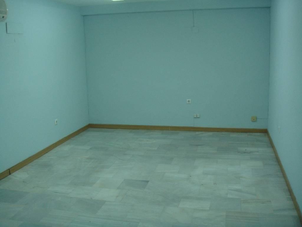 Se alquila local para oficina mediana en el Edificio Sevilla II  - Foto 1