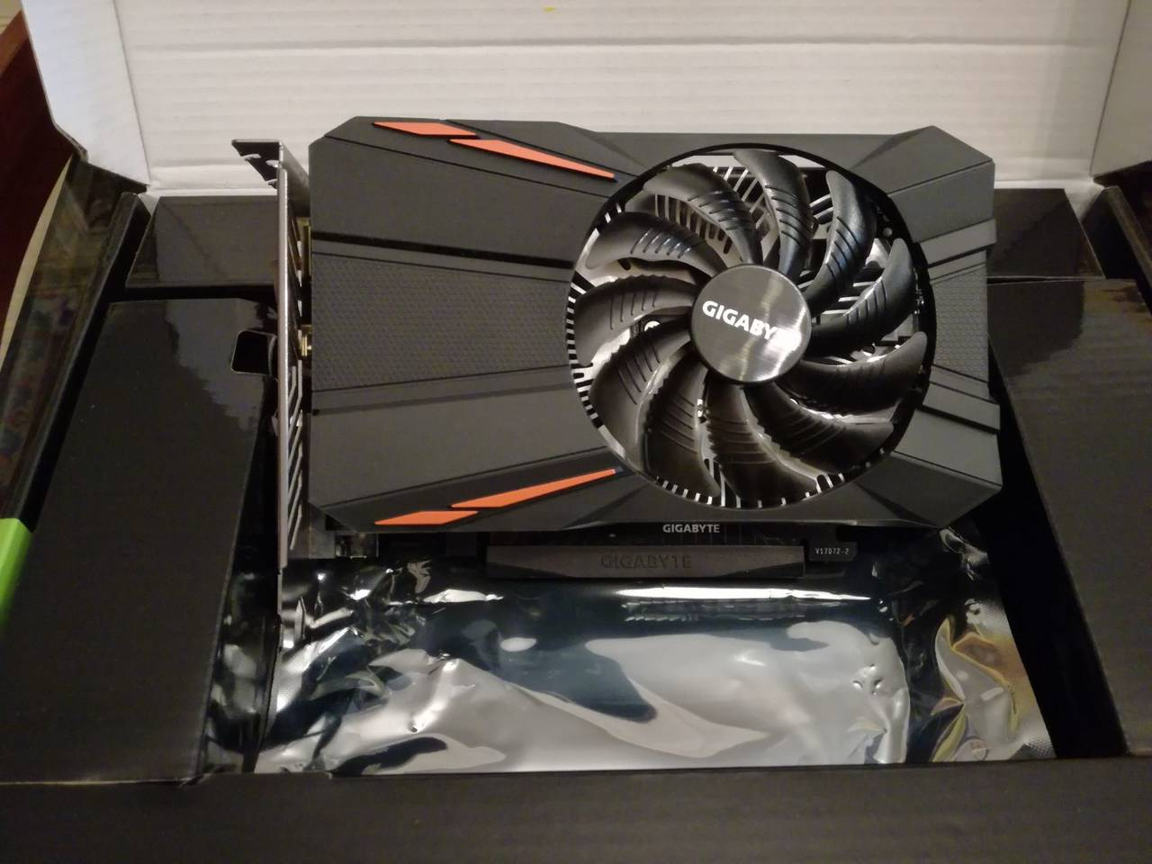 Gigabyte GeForce GTX 1050 D5 2GB + GARANTÍA  - Foto 3