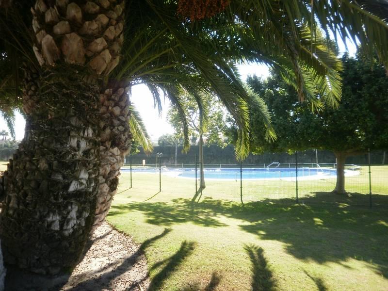 Rota (Cádiz) Chalet adosado en preciosa urb. privada con piscina