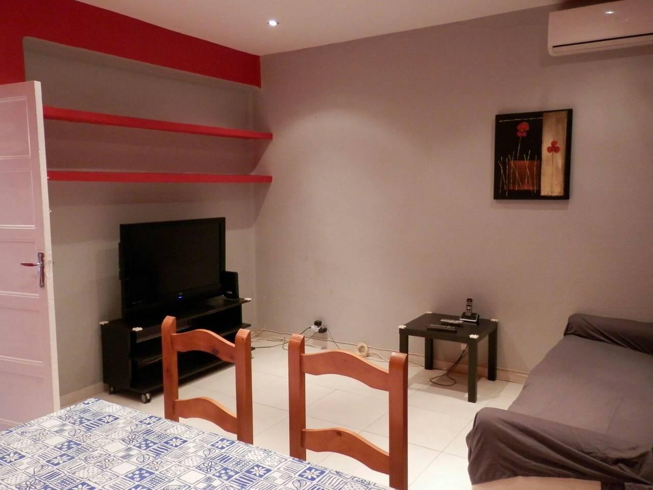 Alquiler piso Zona Reina Mercedes  - Foto 3