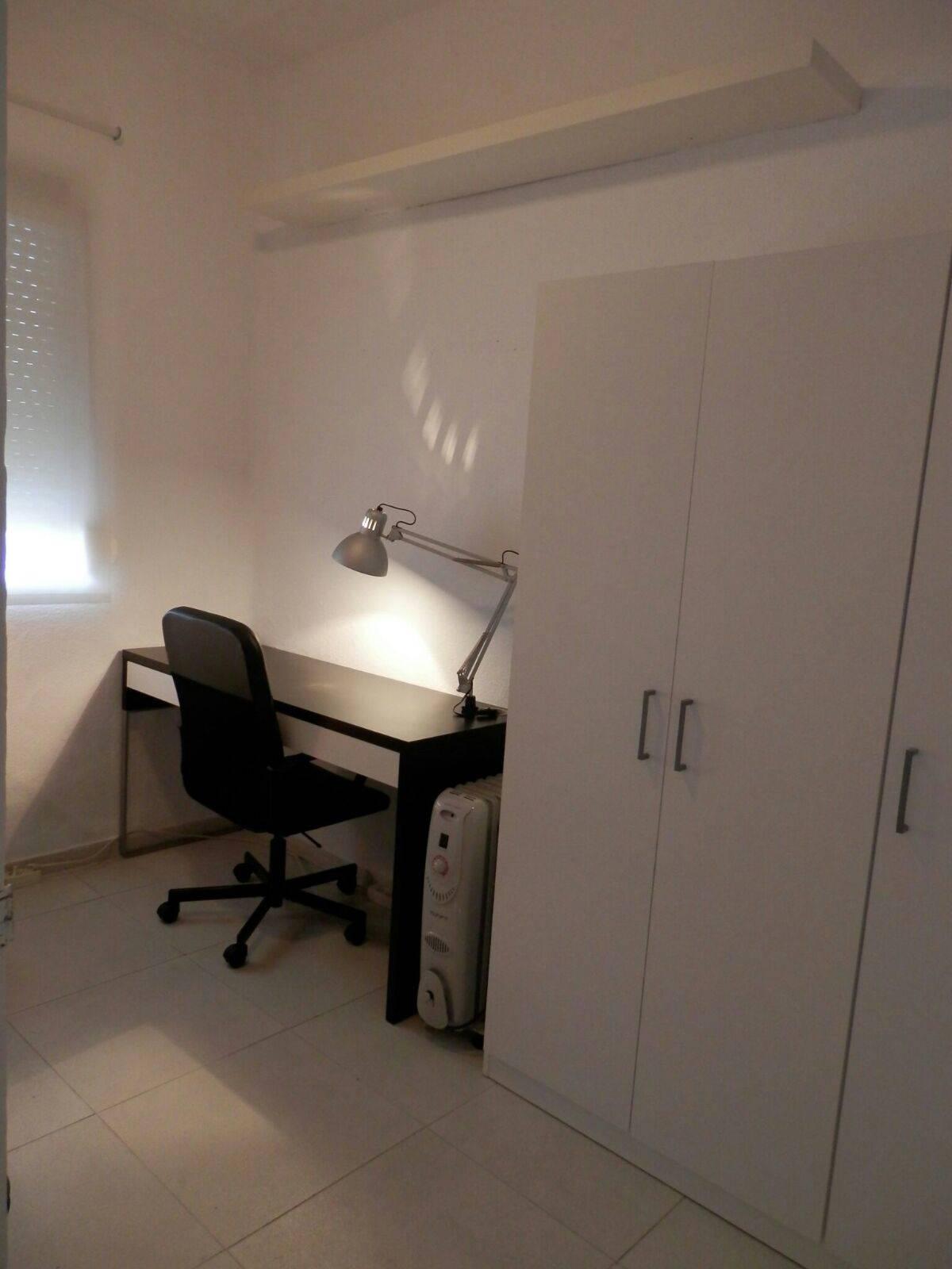 Alquiler piso Zona Reina Mercedes  - Foto 9