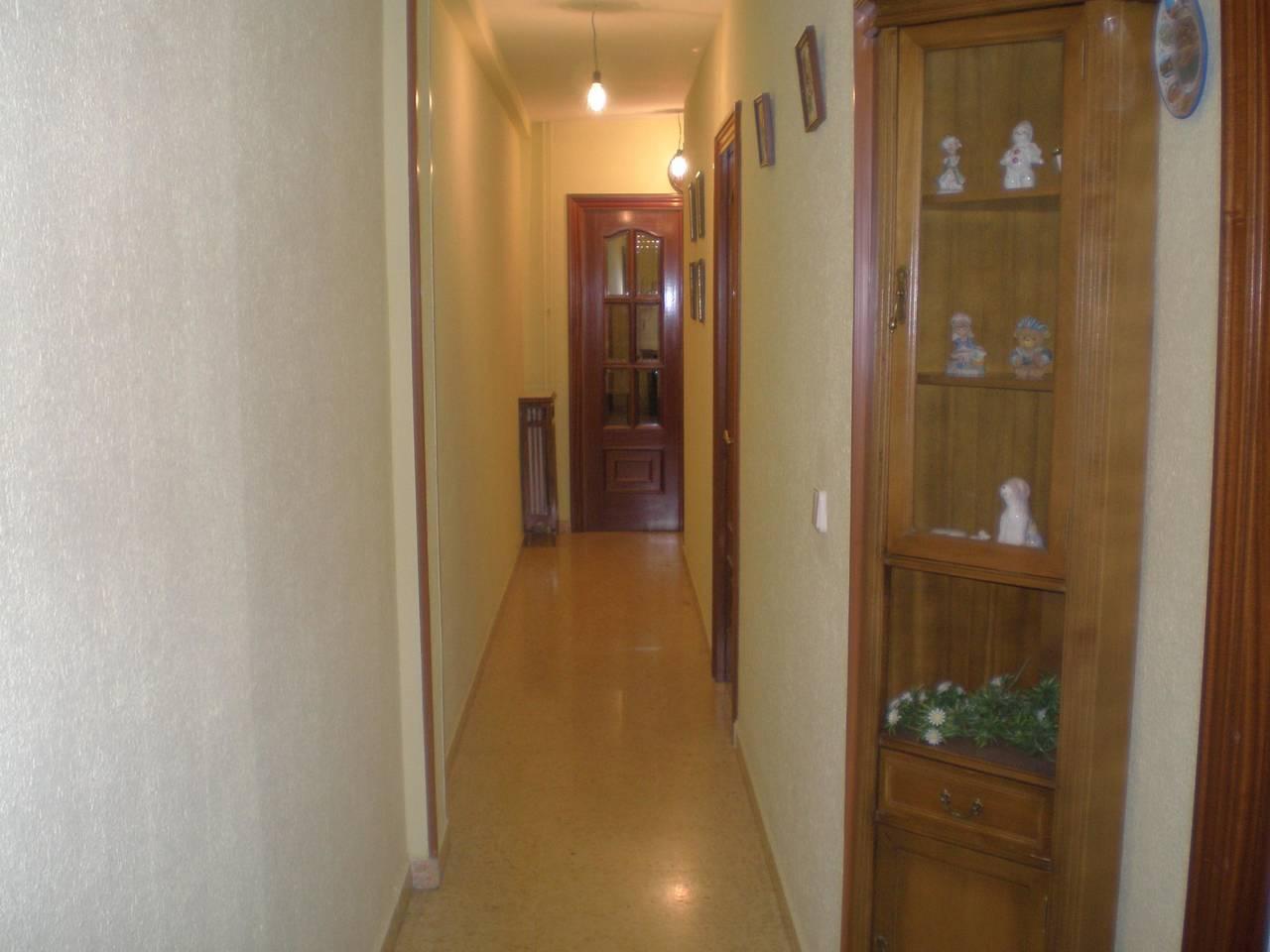 en soria se alquilan habitaciones en piso compartido  - Foto 2