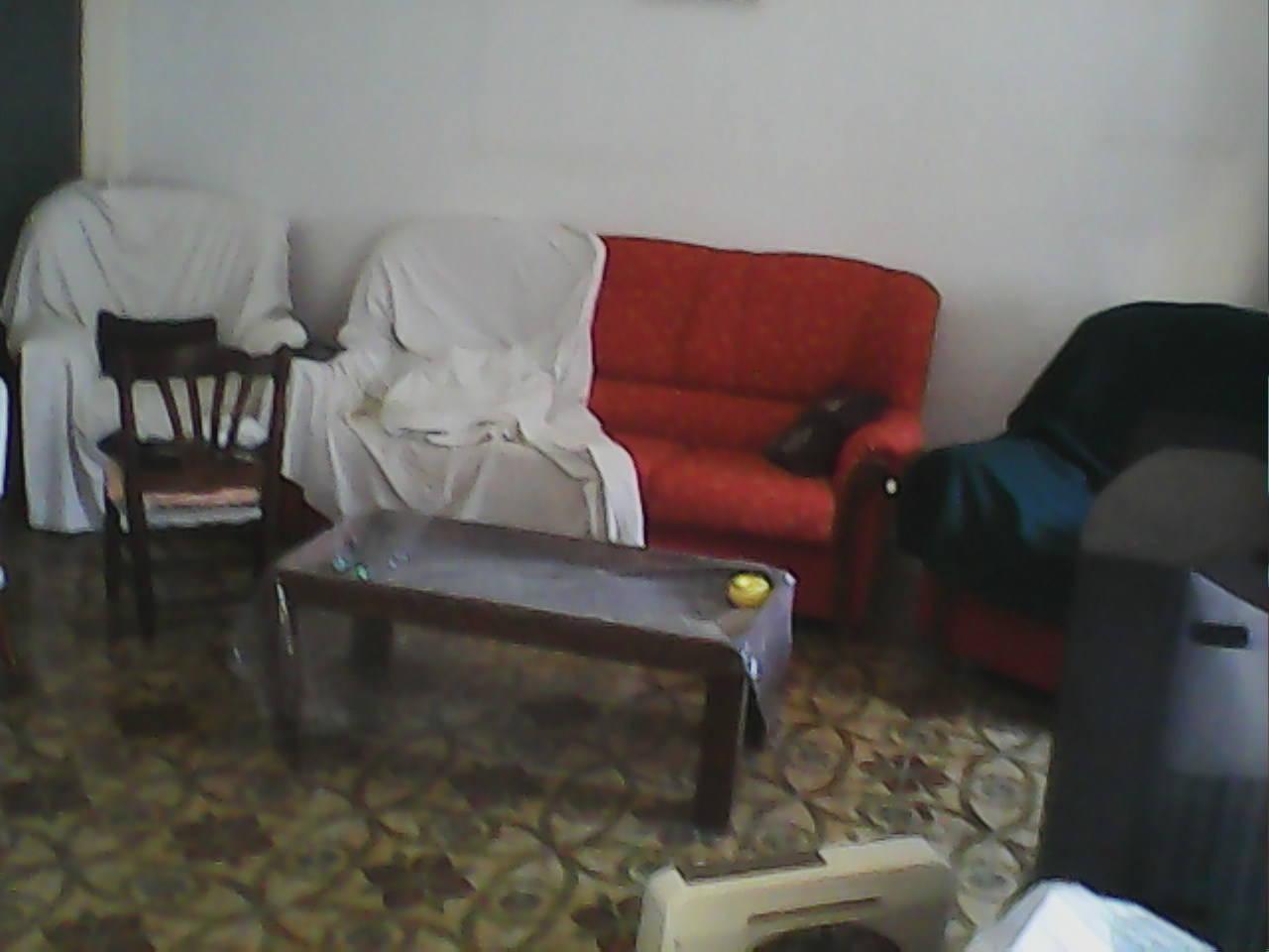 comedor completo y sofa trisillo todo en buen uso  - Foto 2