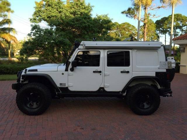 2013 Jeep Wrangler Unlimited Rubicon  - Foto 3