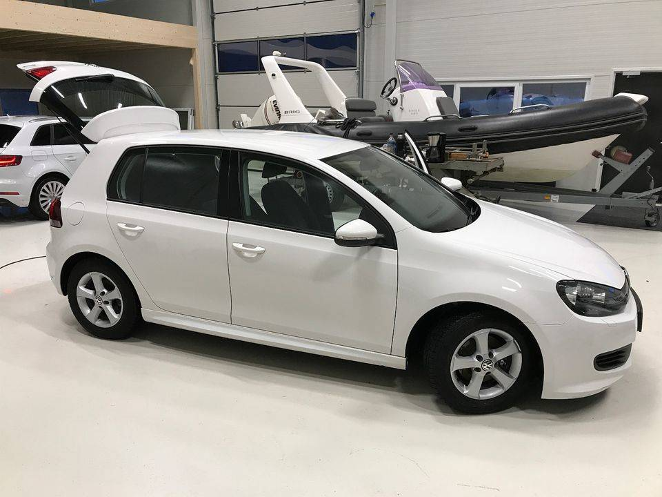 Volkswagen Golf 1.6 TDI BlueMotion 2011  - Foto 2