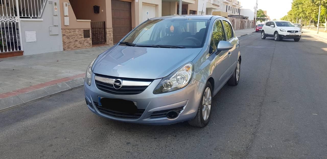 Opel Corsa muy nuevo 1.3 cdti