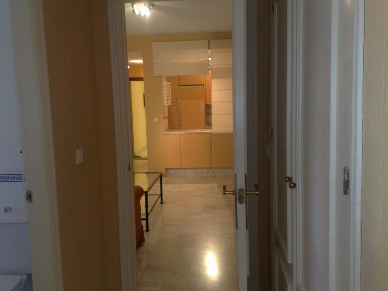 Alquiler piso en Triana, Pureza 34 - Carmen: 639.14.41.48  - Foto 1