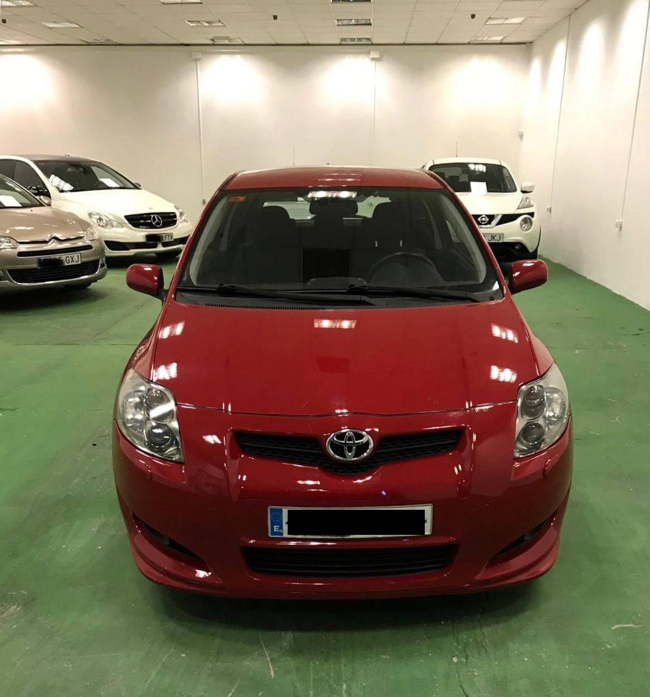 Toyota Auris modelo 2011