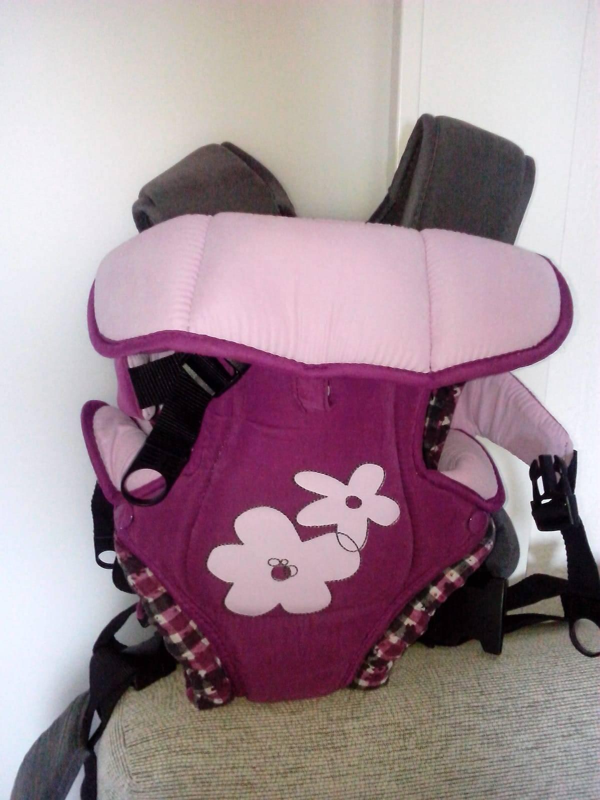 Mini cuna y mochila porta bebe