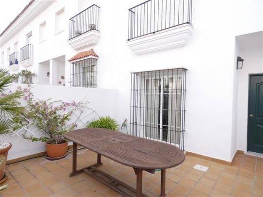 Casa adosada en Vejer (La Noria), alquiler larga temporada