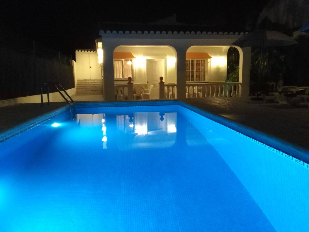 Casa rural Villa Belydana completa privada con piscina privada  - Foto 1