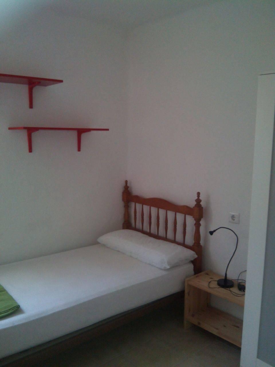 Alquiler piso 3 habitaciones para estudiantes  - Foto 3