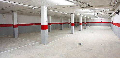 Alquilo plaza de garaje en Lora del Rio  - Foto 1
