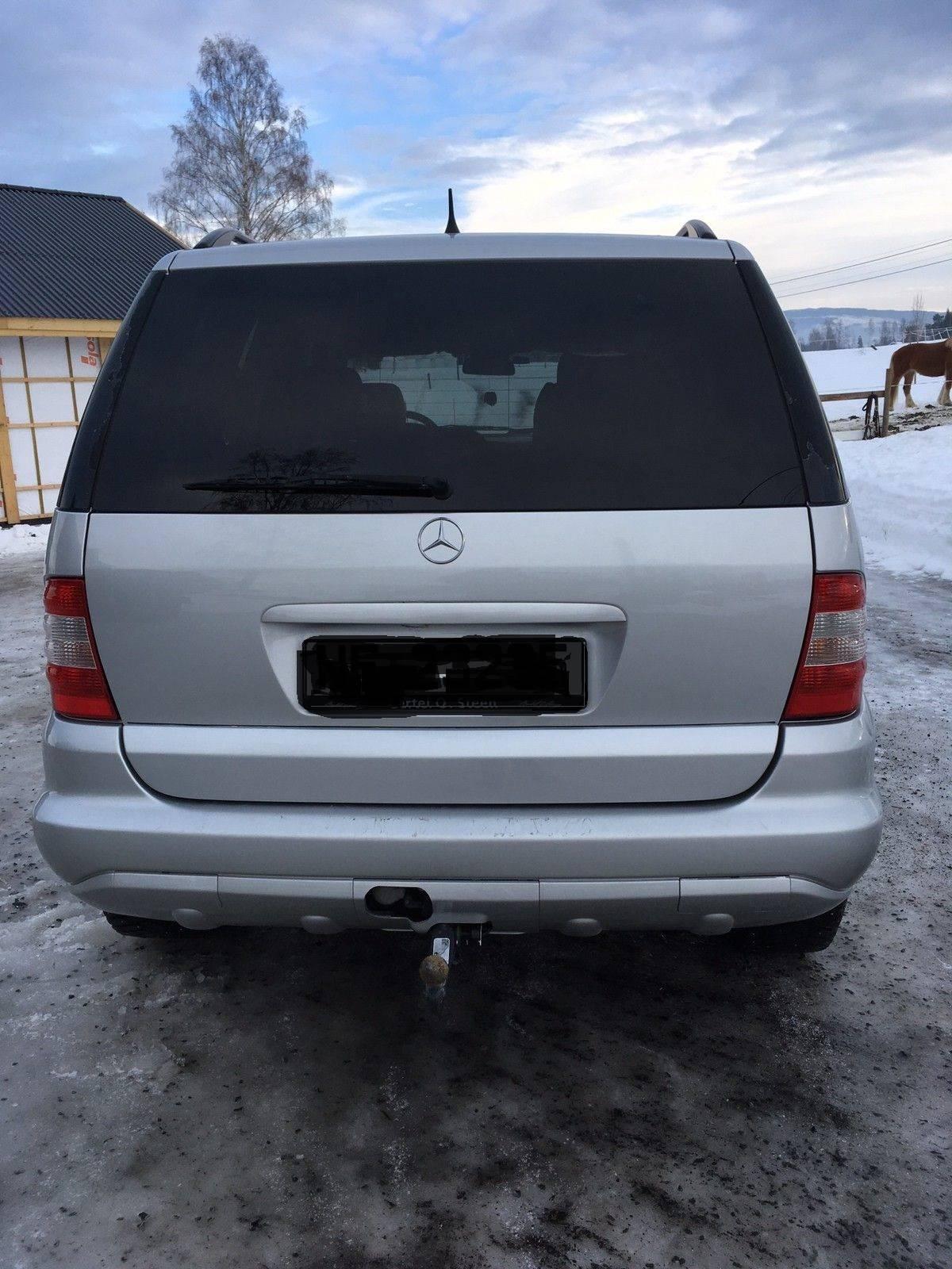 Mercedes-Benz  - Foto 2