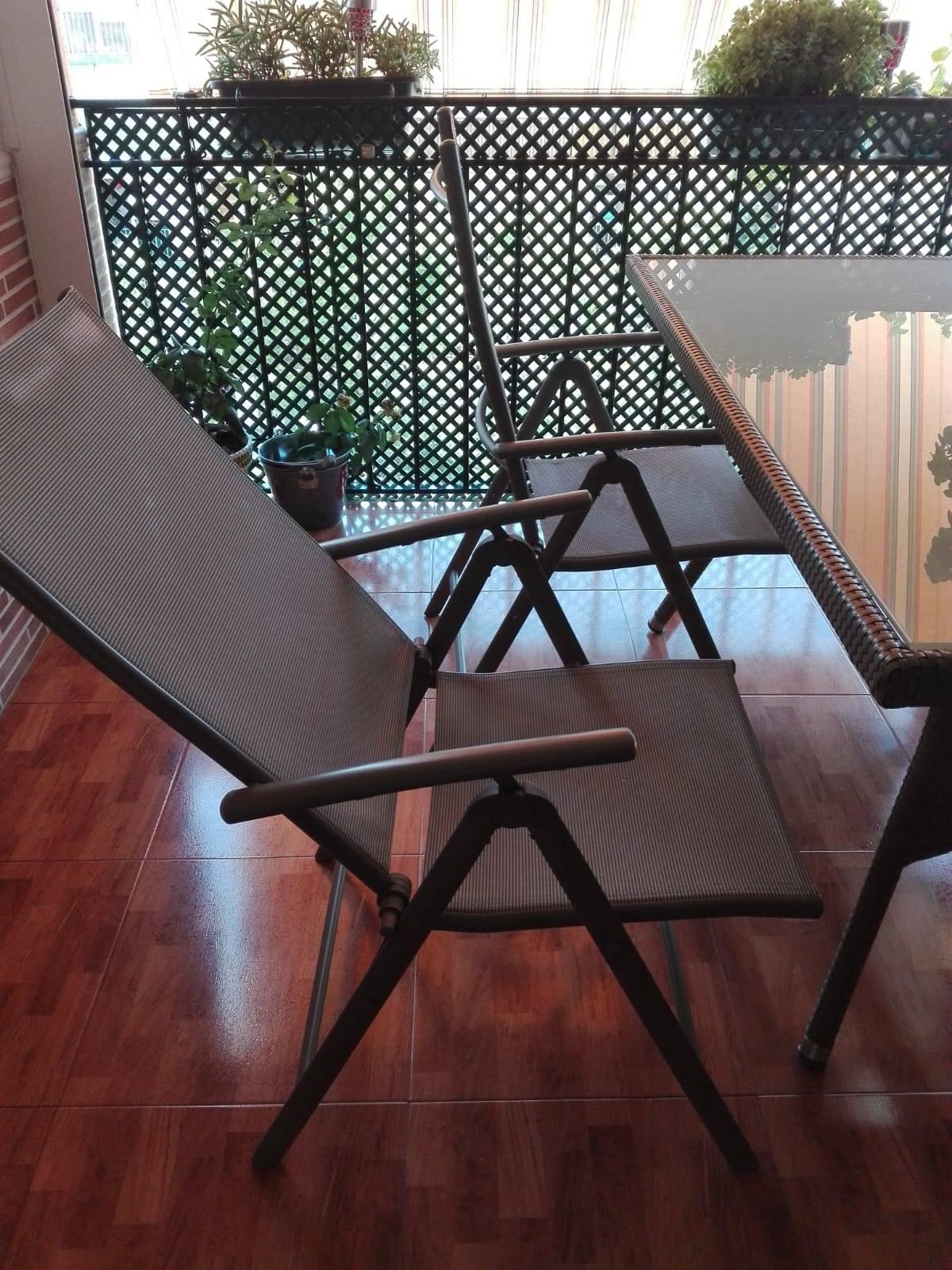 Mesa de terraza y sillas  - Foto 4