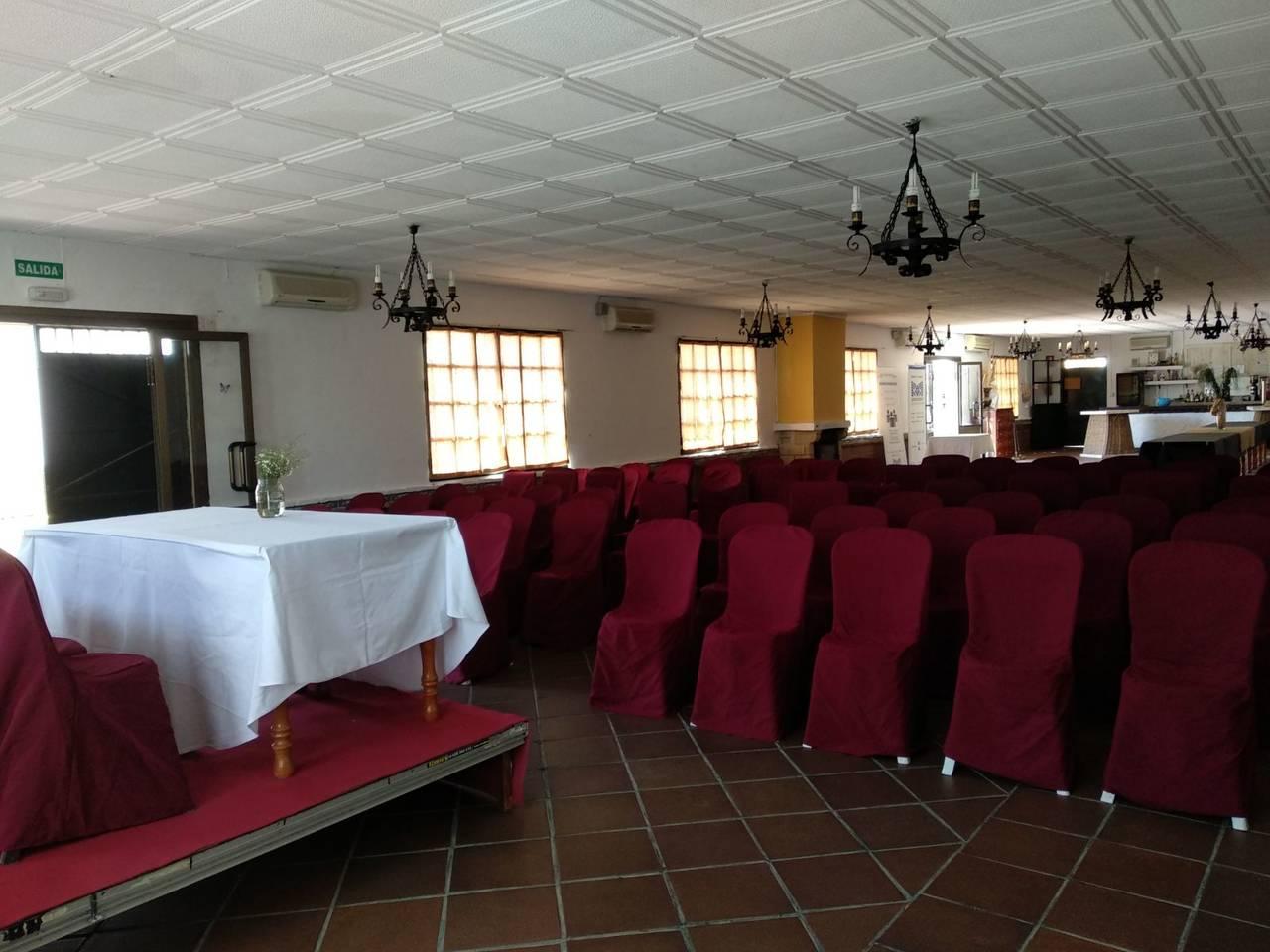 Alquiler de salón de celebraciones en Espartinas (Sevilla)  - Foto 10