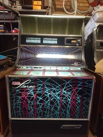 Maquina tocadiscos SINFONOLA 2000D – INDER-GEDASA clásica de 1976  - Foto 1