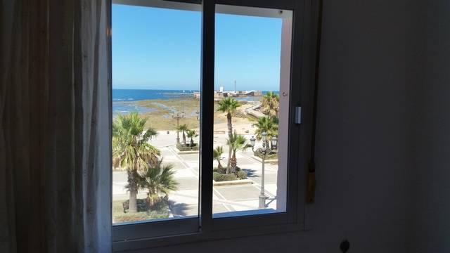 Piso en Cádiz Centro - La Viña  - Foto 1