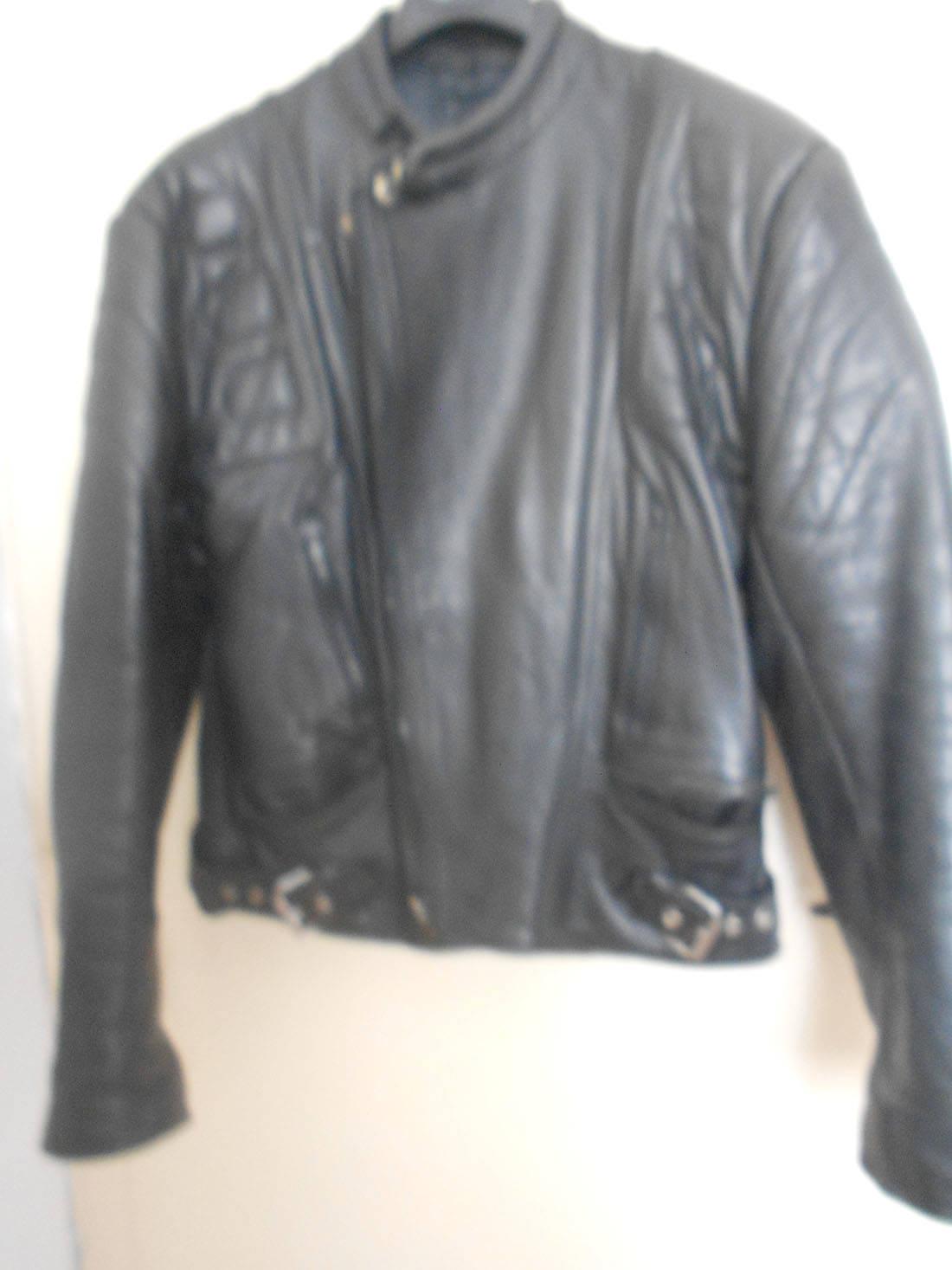 Mono de piel negro vintage  en buen estado divisible  - Foto 2