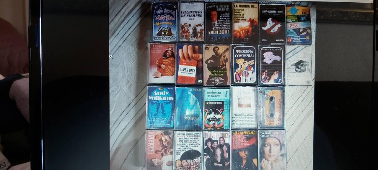cassettes varios  - Foto 1