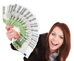 ¿Necesitas ayuda financiera?  - Foto 1
