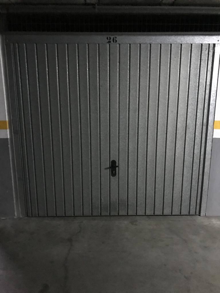 Alquilo garaje cerrado  - Foto 2