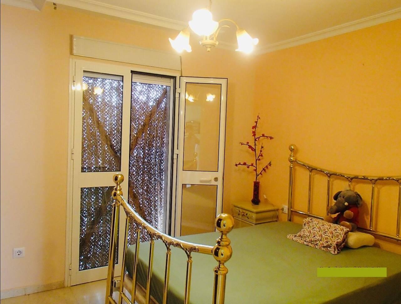 Particular alquila/vende preciosa casa adosada esquinera Coria del Rio  - Foto 2