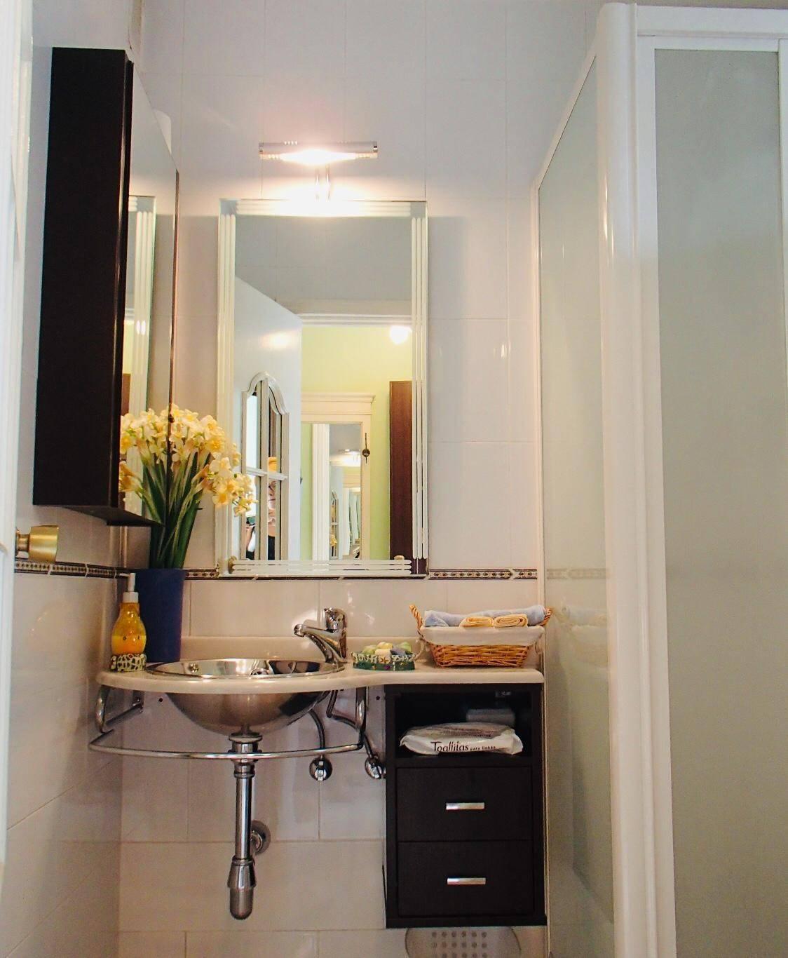 Particular alquila/vende preciosa casa adosada esquinera Coria del Rio  - Foto 6